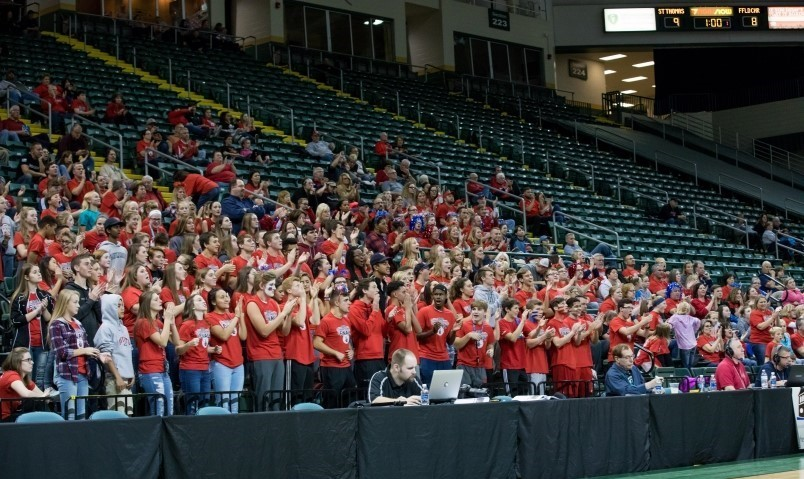 Students cheer on  the Volleyball Team at the Final Four